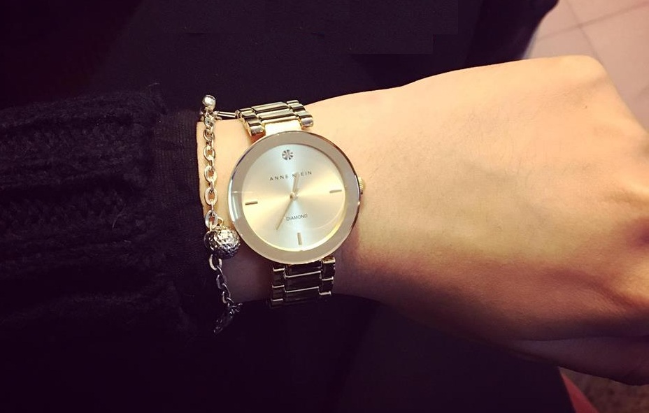 Đồng hồ Anne Klein