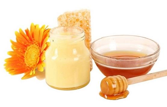 pha trộn cùng với mật ong