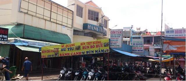 Chợ giày dép Hạnh Thông Tây