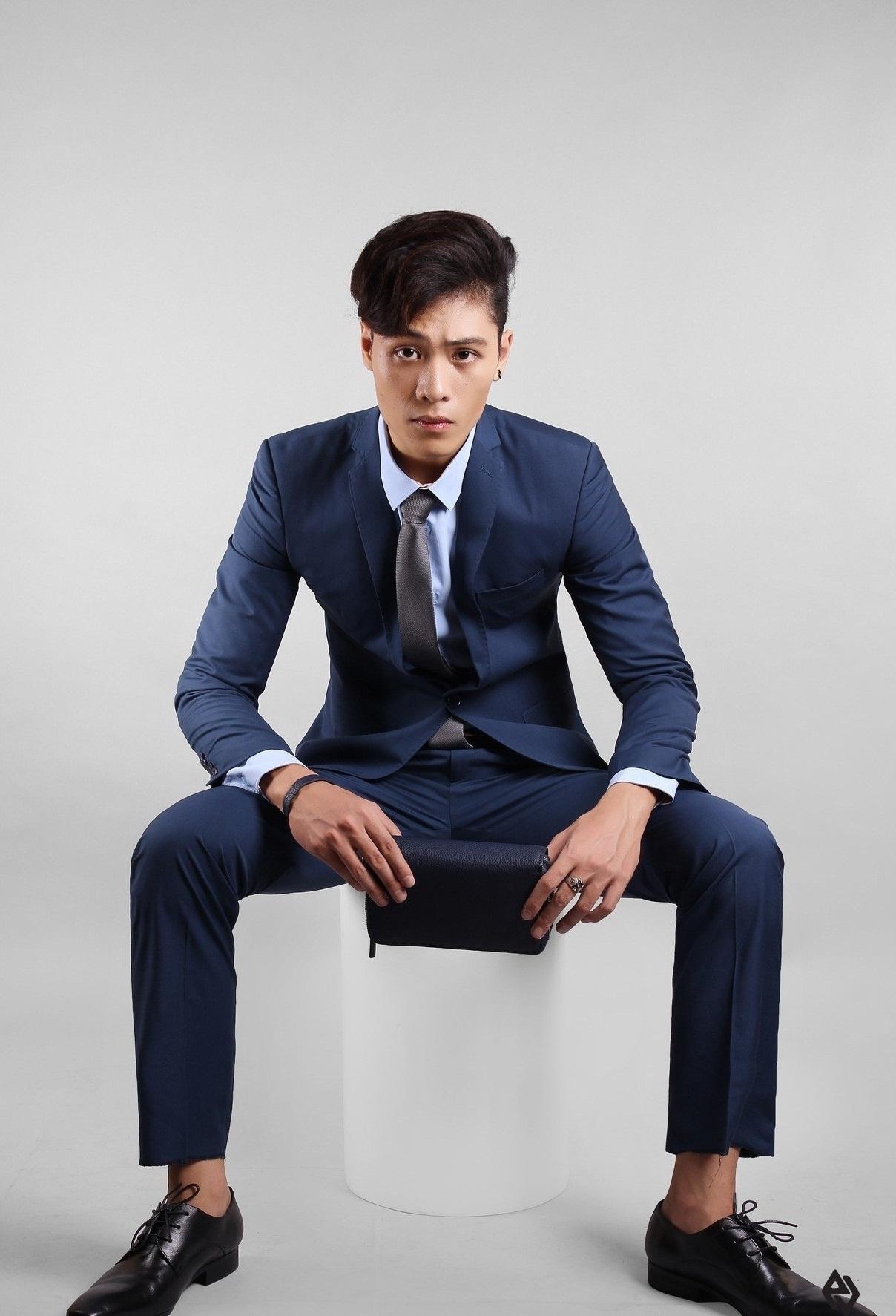 Nhắc đến shop đồ vest nam uy tín, chất lượng ở Huế không thể không kể đến Adam Store Huế