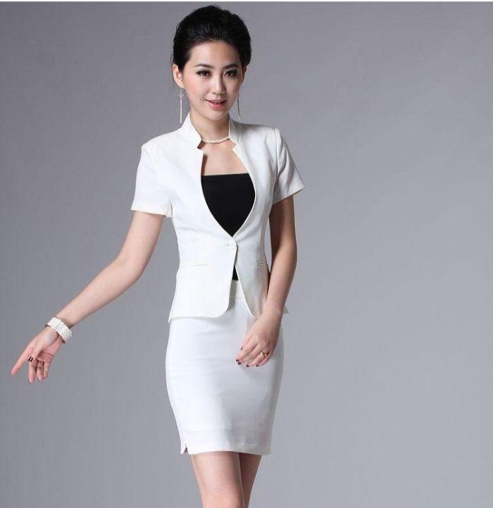 Eva de Eva là thương hiệu được thiết kế dành riêng cho phụ nữ trên với những mẫu thiết kế phong phú