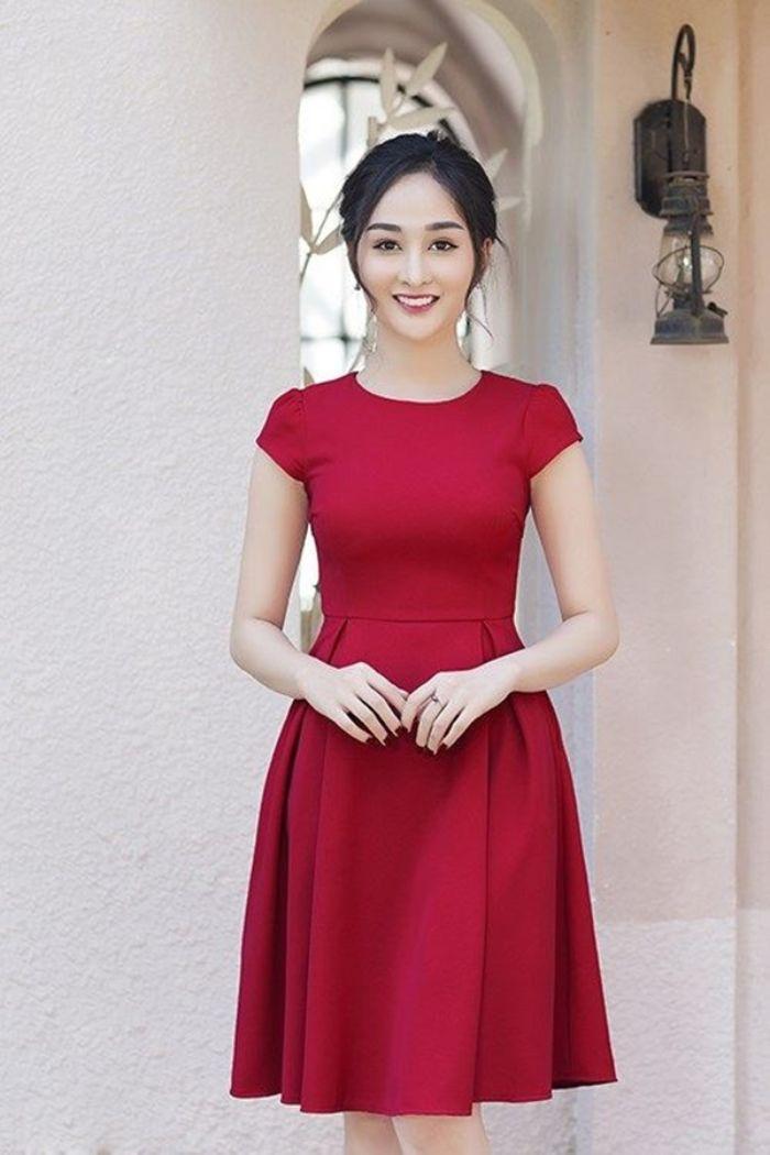 Sunnie đang là một trong những shop váy đầm nữ đẹp hot nhất