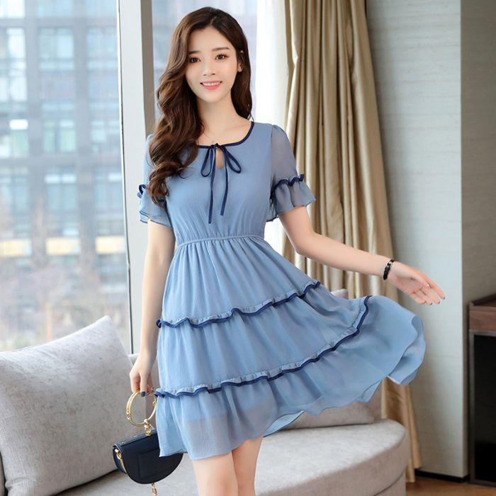 Đến với Lyra, bạn sẽ tìm được nhiều mẫu váy đầm đẹp được thiết kế theo phong cách Hàn Quốc