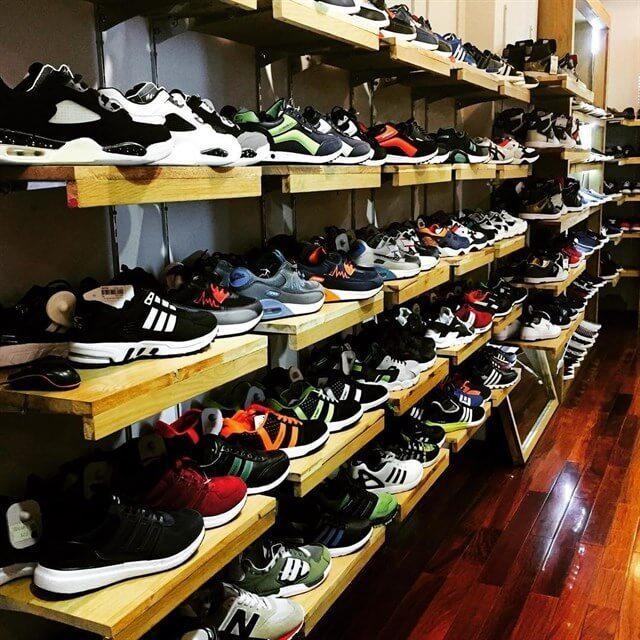 Mua giày dép ngay tại nhà cung cấp