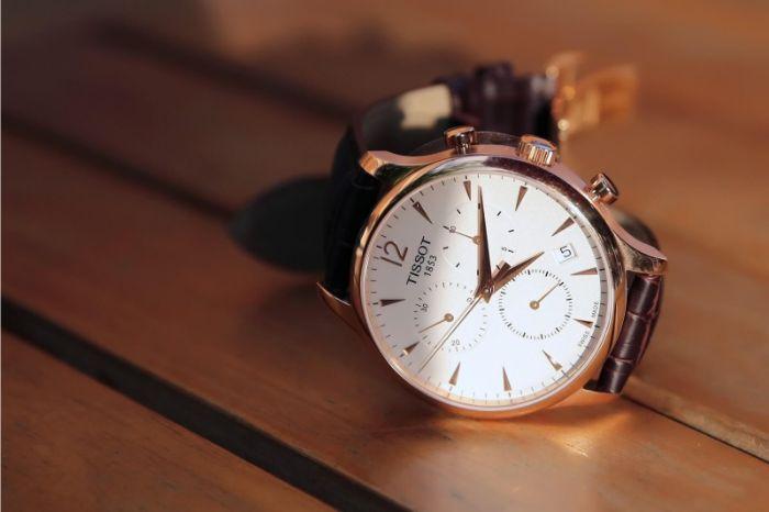 Shop đồng hồ Galle Watch có hơn 15 năm hoạt động trong ngành kinh doanh đồng hồ chính hãng
