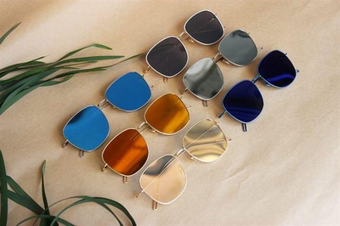 Shop mắt kính Sài Gòn One chuyên kinh doanh các mặt hàng kính mắt nam nữ, gọng kính cận