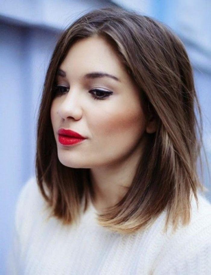 Đối với những bạn gái cá tính và có khuôn mặt tròn dễ thương thì kiểu tóc bob ngang vai sẽ là phù hợp nhất