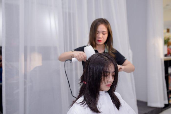 Khi nhắc đến các salon làm tóc nổi tiếng ở xứ Đà Thành thì không thể bỏ qua Sỹ Beauty salon & Spa