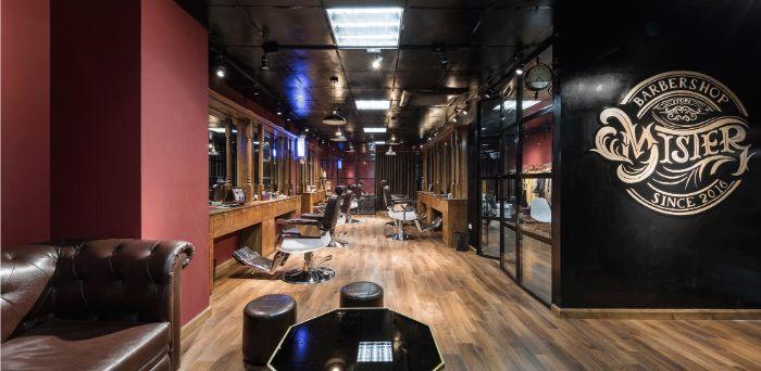 Bước chân vào Mister Barbershop mà cứ ngỡ như 1 tiệm tóc sang trọng hiện đại