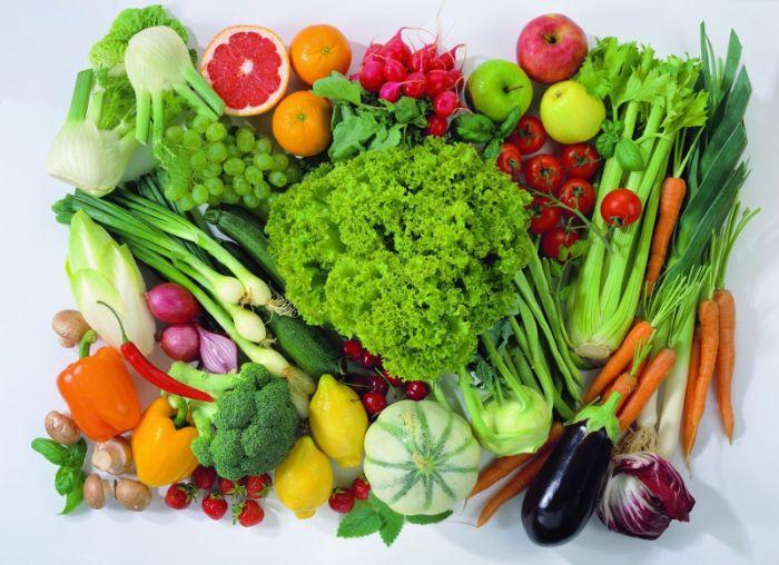 Nên ăn nhiều rau củ quả để duy trì hàm lượng cholesterol xấu và tốt