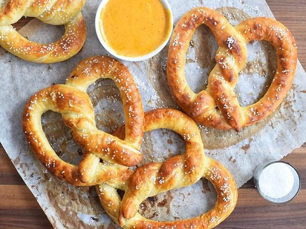 Lịch sử của bánh Pretzel