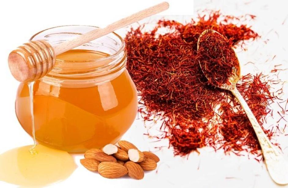 Nhụy hoa nghệ tây kết hợp cùng mật ong hỗ trợ làm chậm quá trình lão hóa da