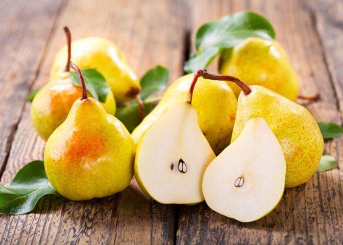 Các loại trái cây như táo, sung và lê đều là những loại thực phẩm giúp giải nhiệt mùa hè tốt