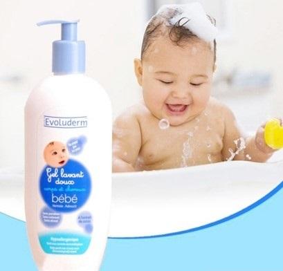 Lựa chọn sữa tắm gội cho bé tuỳ thuộc vào làn da của bé