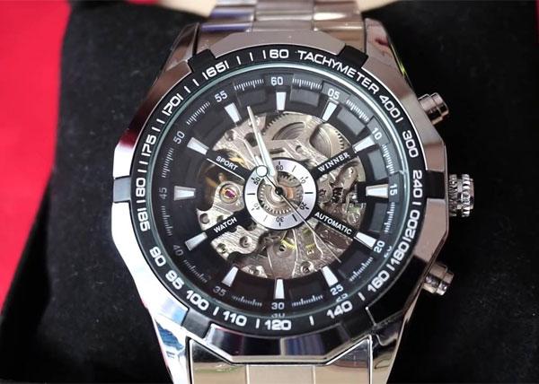Đồng hồ Winner giá bao nhiêu?