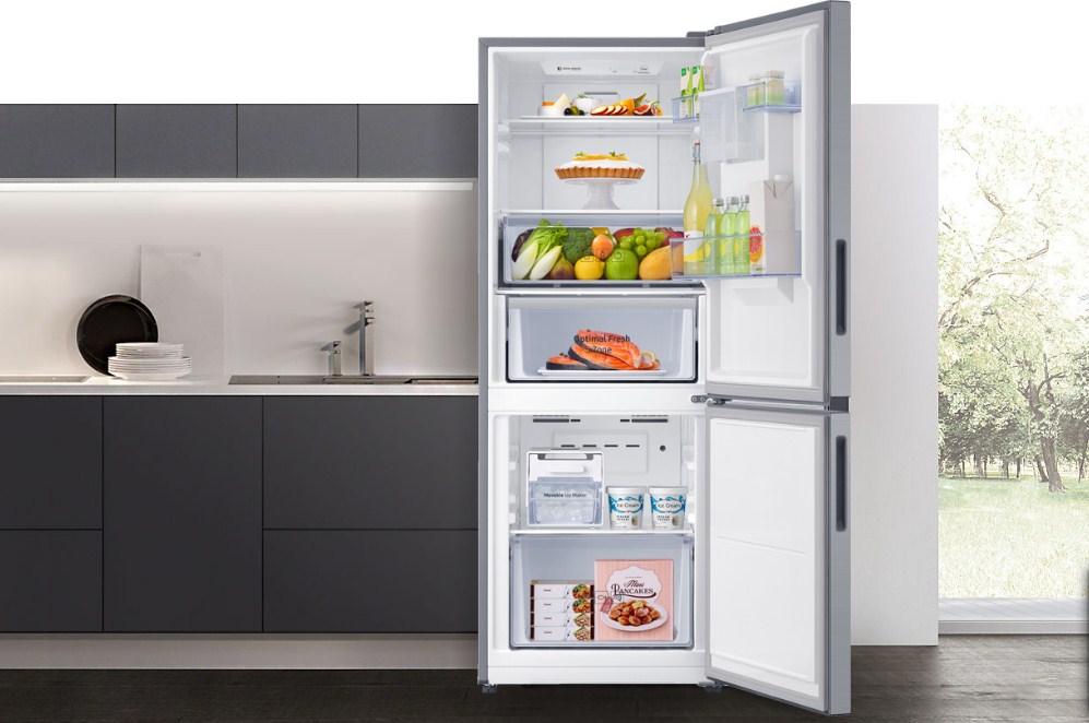 Tủ lạnh Samsung Inverter RT32K5932S8/SV (319L)