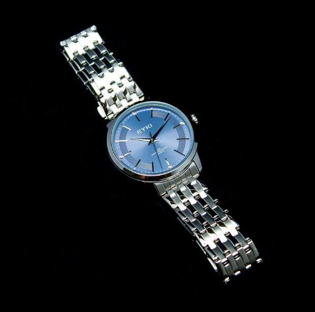 Đồng hồ nam EYKI – 084 mặt xanh cá tính