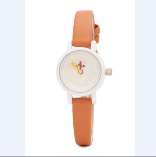 Đồng hồ nữ Mwatch MW92 dây da màu cam được nhiều bạn nữ yêu thích