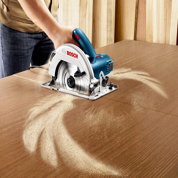 Máy cắt gỗ cầm tay Bosch – GKS 7000