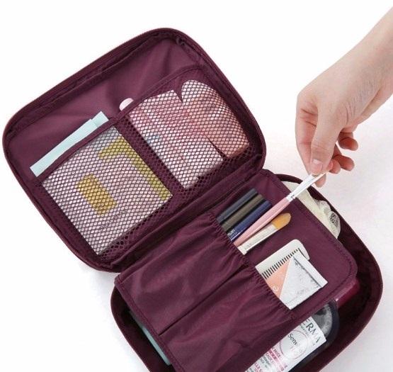 Hành trang đi phượt của bạn không thể thiếu túi đồ cá nhân
