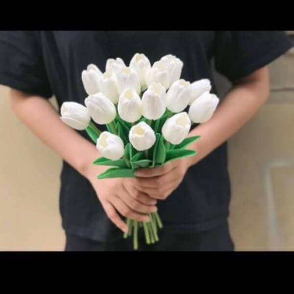 Nói đến hoa Tulip trắng là nói đến sự thuần khuyết